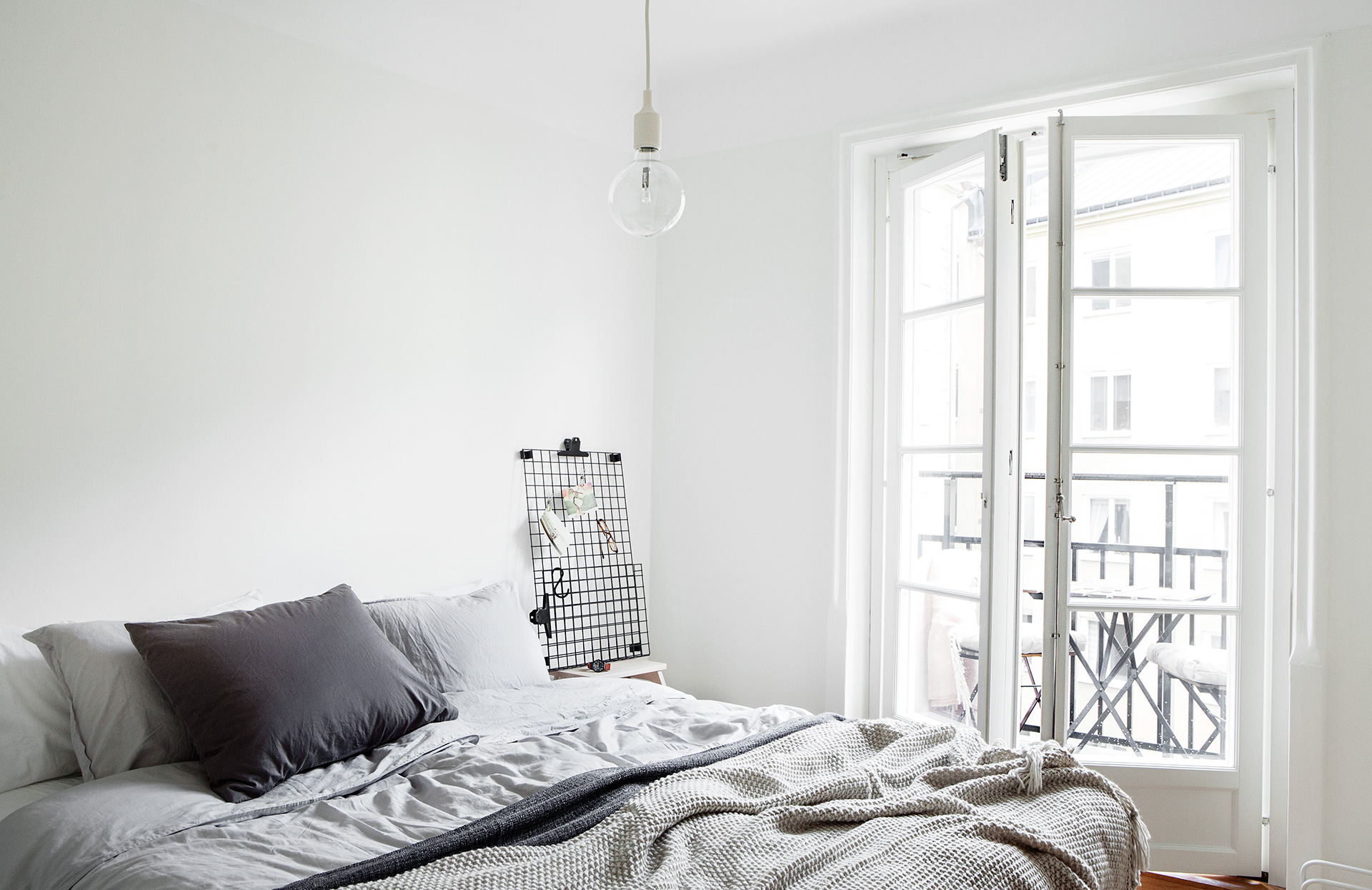 white minimal nordic 10 Simply Scandinavian and Cozy