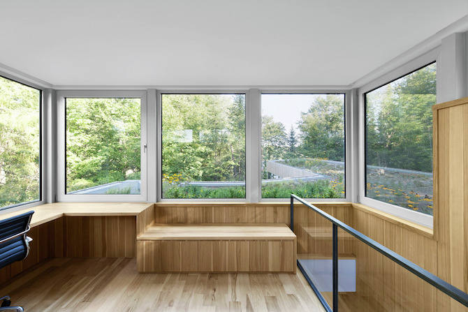 a minimal wooden house reflects the flow of the river 8 A Minimal Wooden House Reflects The Flow Of The River