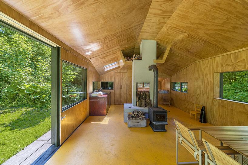 cc studio designed this hidden cabin in the park of amsterdam 4 CC Studio Designed This Hidden Cabin In The Noorderpark
