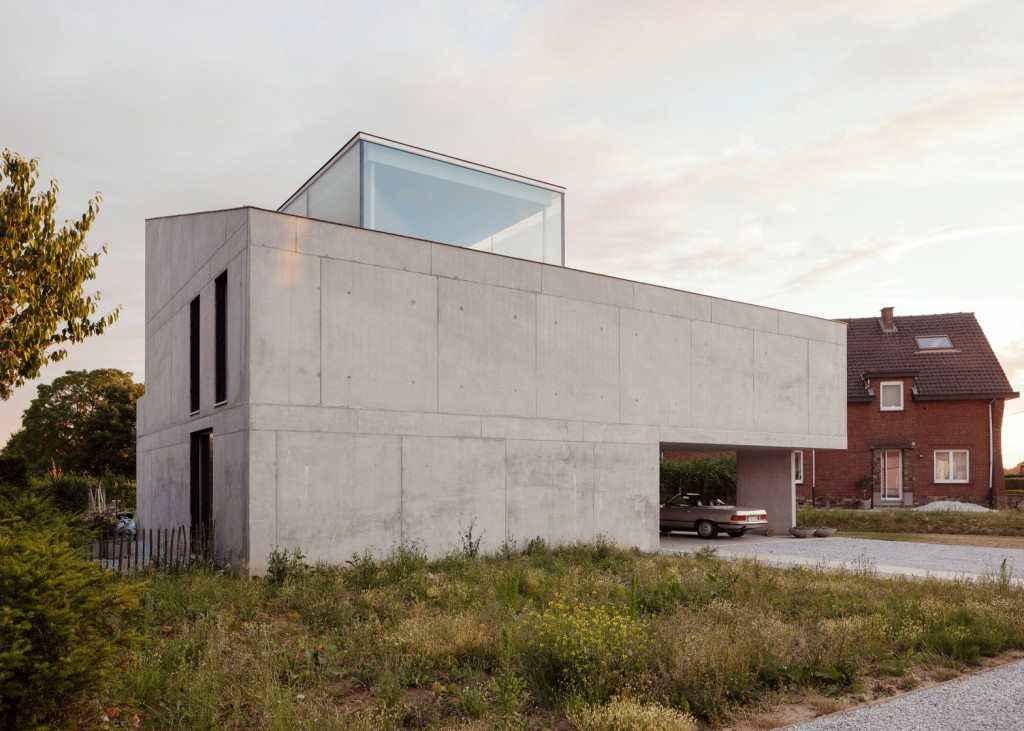 concrete house by ism architecten 2 1024x731 4 Reasons Why You Need an Architect