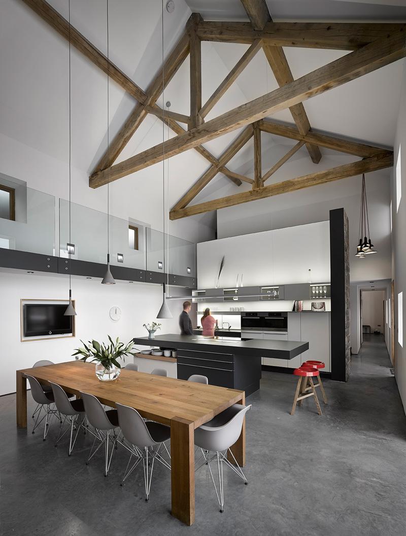 design rehabilitation 6 Barn Turned into Contemporary Home