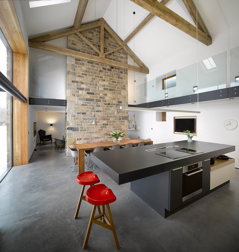 design rehabilitation 7 Barn Turned into Contemporary Home