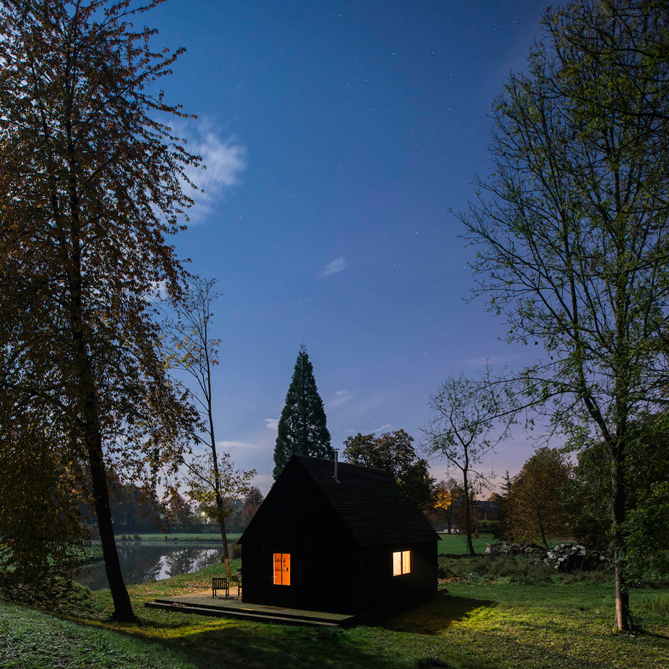 magical house on the lake in belgium 1 Your Getaway Place   A Magical House On The Lake In Belgium