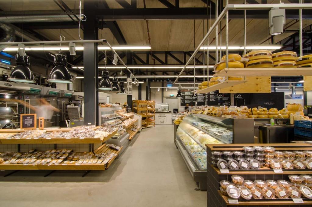 marqtgelderlandplein standardarchitect 17 1024x679 Marqt Supermarket In Amsterdam By Standard Studio
