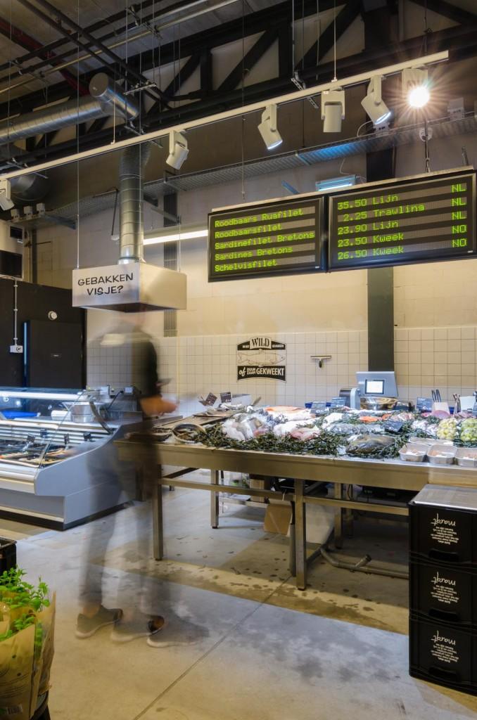 marqtgelderlandplein standardarchitect 38 678x1024 Marqt Supermarket In Amsterdam By Standard Studio