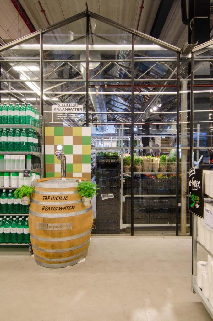 marqtgelderlandplein standardarchitect 53 678x1024 Marqt Supermarket In Amsterdam By Standard Studio