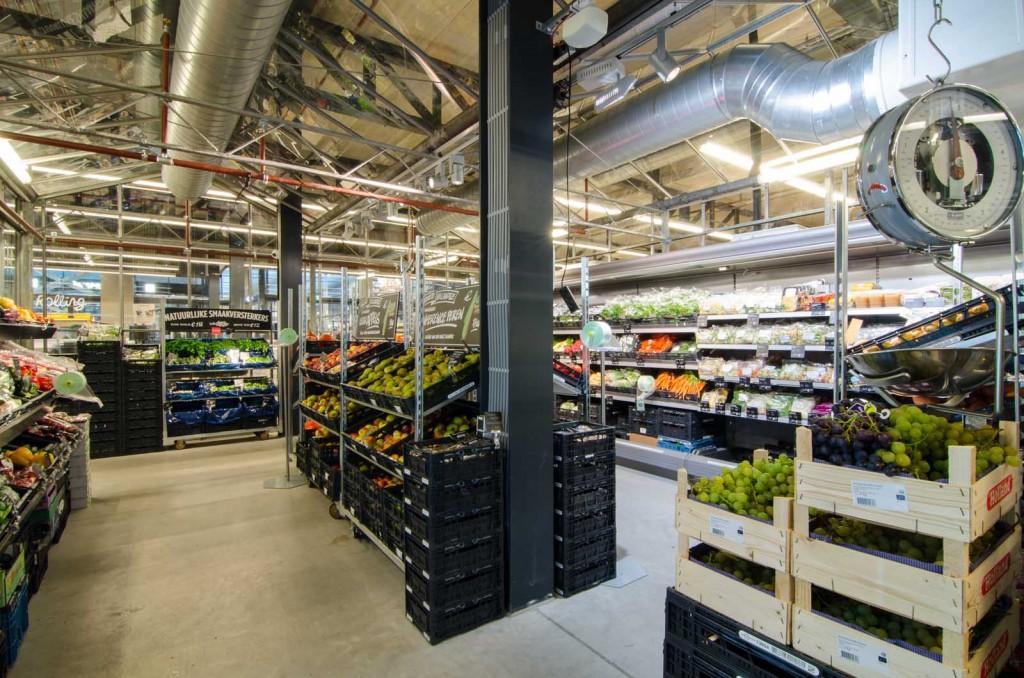 marqtgelderlandplein standardarchitect 9 1024x678 Marqt Supermarket In Amsterdam By Standard Studio