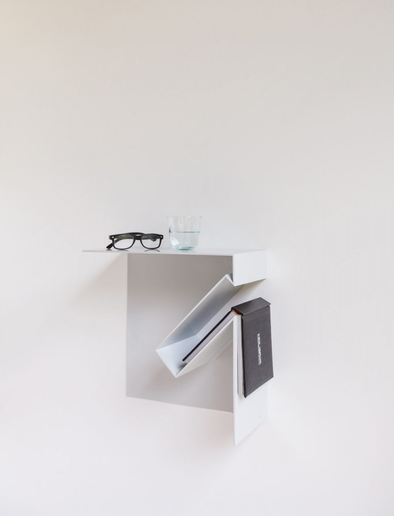 oblique bookshelf by filip janssens 9 782x1024 Oblique Bookshelf By Filip Janssens