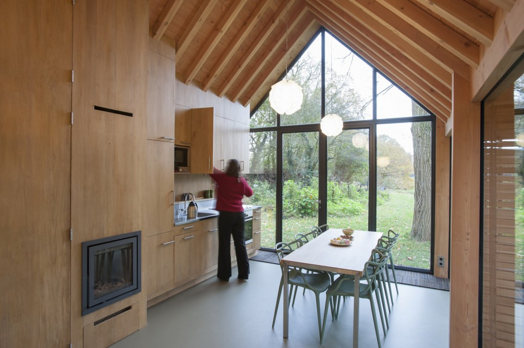 compact recreation house by zecc architecten 14 1024x681 Compact Recreation House By Zecc Architecten