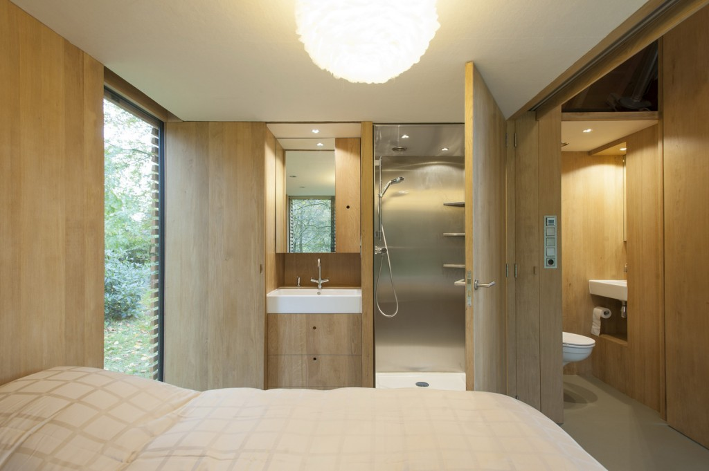 compact recreation house by zecc architecten 15 1024x681 Compact Recreation House By Zecc Architecten