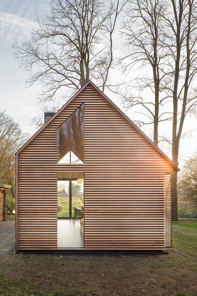 compact recreation house by zecc architecten 21 Compact Recreation House By Zecc Architecten