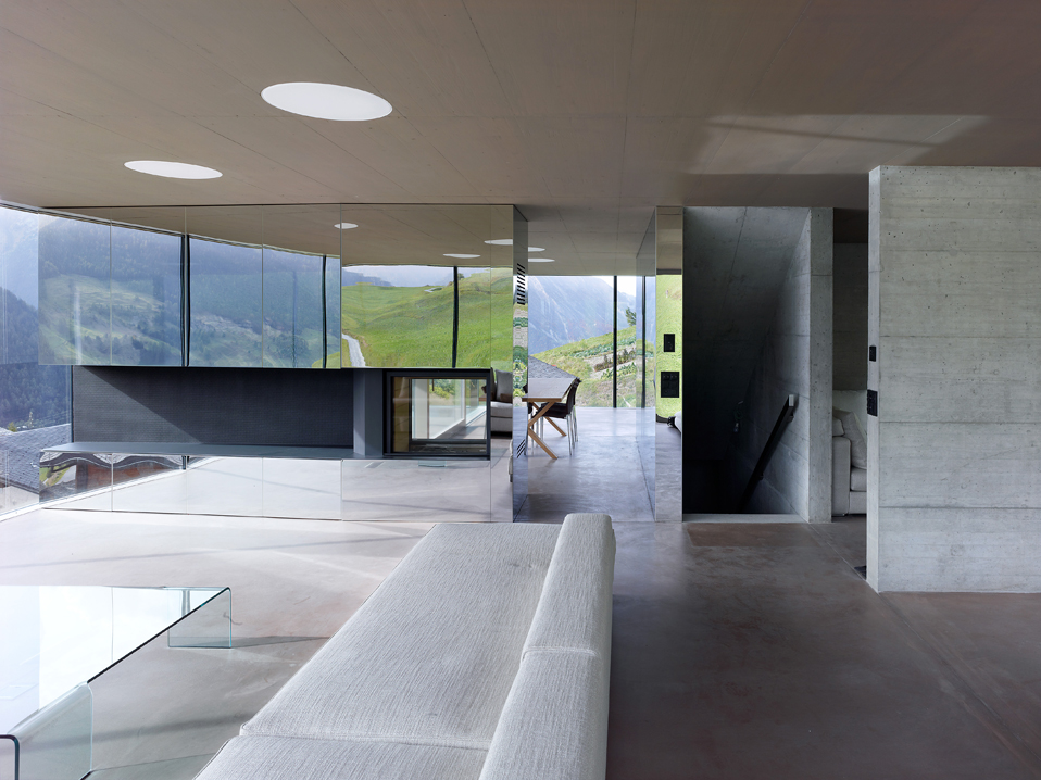 house in the swiss alps by savioz fabrizzi architects 10 Low energy Consumption House In Swiss Alps By Savioz Fabrizzi Architects