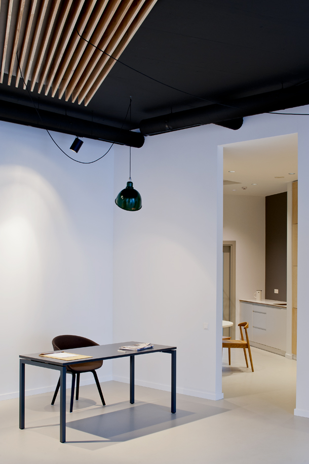 minimal office interior by mix match 6 Minimal Office Interior By Mix & Match