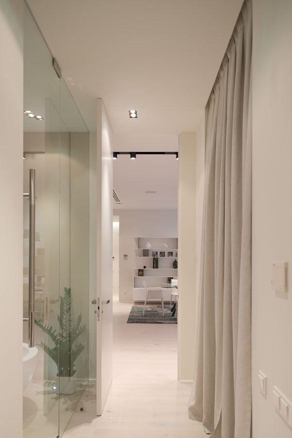 new arbat apartment18 New Arbat Apartment in Moscow