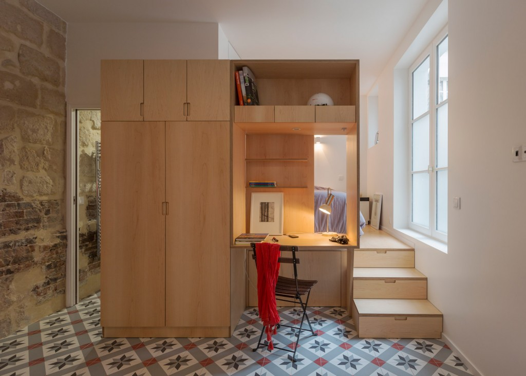 a secret basement was found during the renovation of this old parisian apartment 1 1024x731 A Secret Basement Was Found During The Renovation Of This Old Parisian Apartment