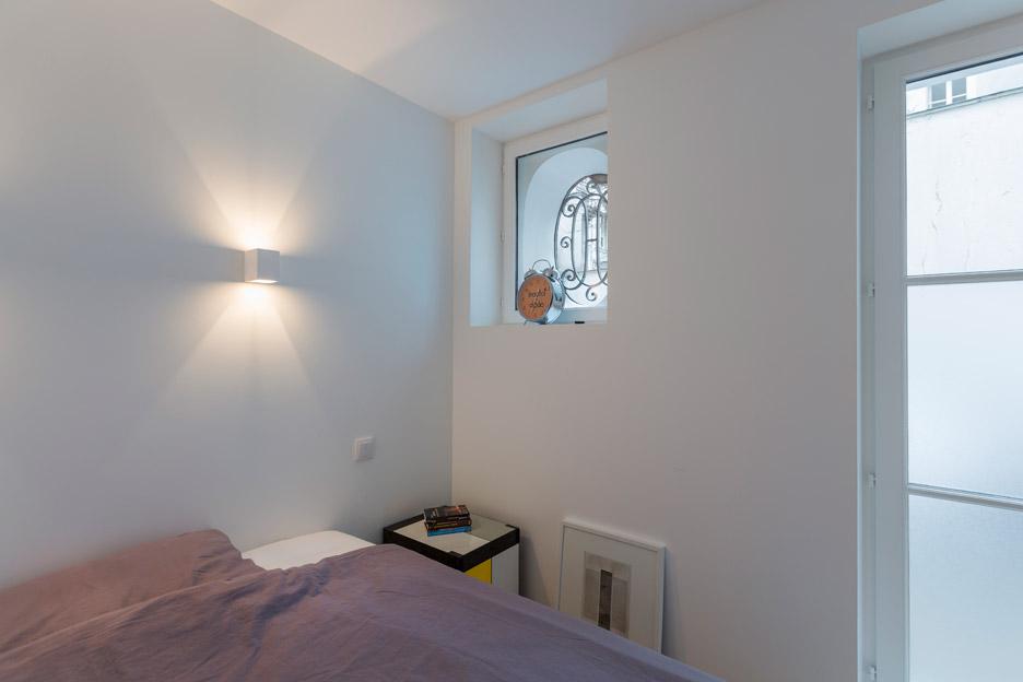 a secret basement was found during the renovation of this old parisian apartment 4 A Secret Basement Was Found During The Renovation Of This Old Parisian Apartment