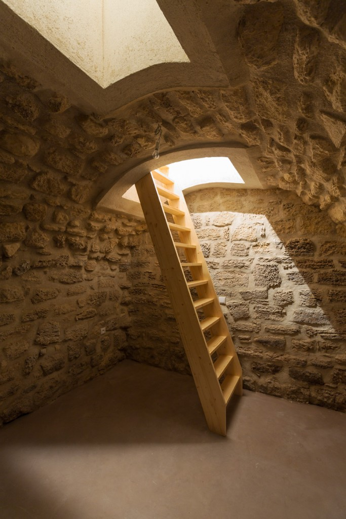 a secret basement was found during the renovation of this old parisian apartment 7 683x1024 A Secret Basement Was Found During The Renovation Of This Old Parisian Apartment