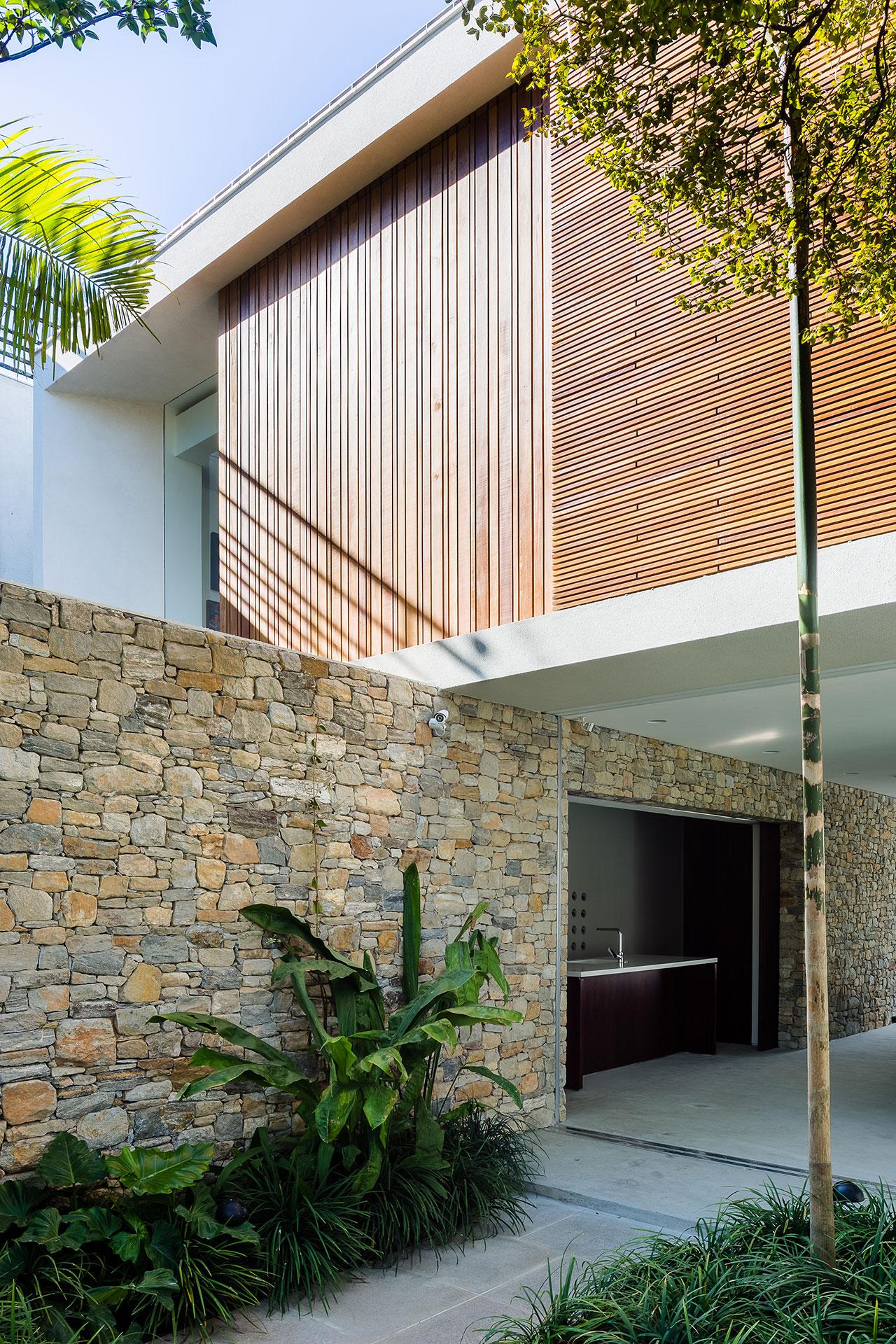 casa lara by felipe hess Lara House in Brasil by Felipe Hess