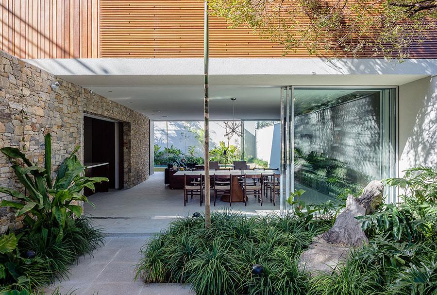 casa lara by felipe hess2 Lara House in Brasil by Felipe Hess