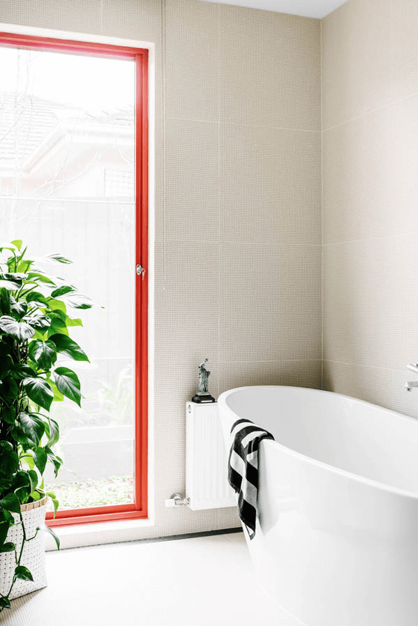 9 Ways to Make Your Bathroom Look More Luxurious