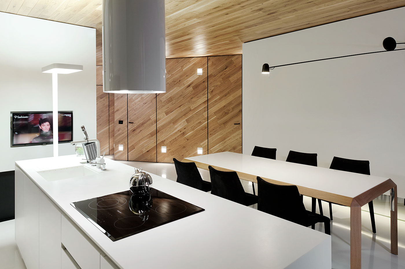studio mode5 Loft Apartment By Studio Mode