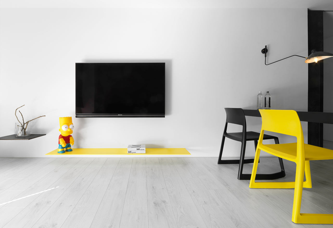taichung h residence2 Modern Apartment with Bright Yellow Accents