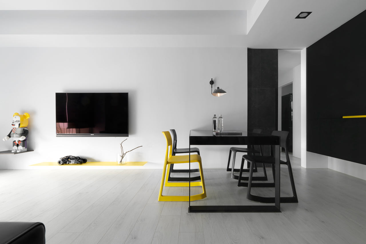 taichung h residence3 Modern Apartment with Bright Yellow Accents