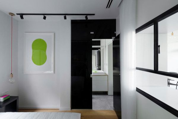 tel aviv apartment12 Flow of Light in Cozy Tel Aviv Apartment