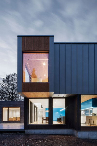 This House In Canada Combines Steel And Wood Panelling