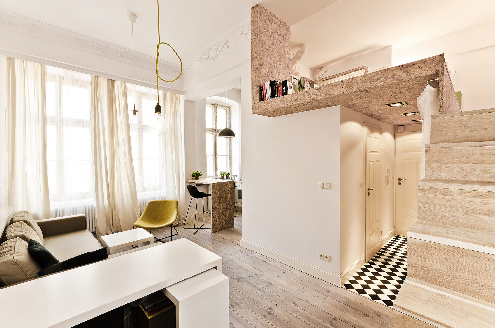 29 sqm 3xa 6 OSB Was Used To Build a Mezzanine in This Tiny 29m² Apartment