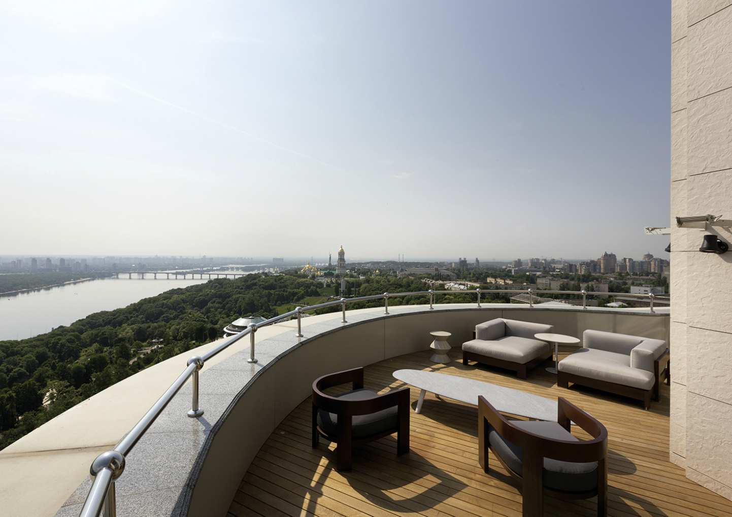 serene kiev penthouse  A Luxurious and Exquisite Kiev Penthouse