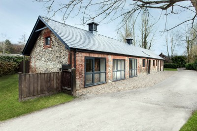 Old Stables Turned into Contemporary Home