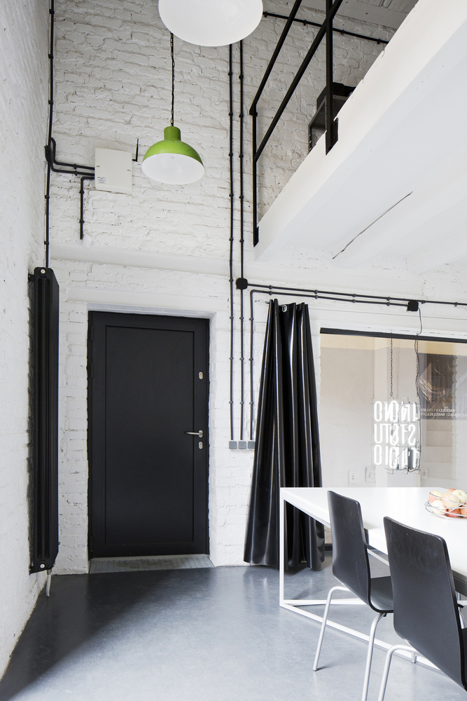 inostudio designed a minimalist office in gliwice 8 INOSTUDIO Designed a Minimalist Office in Gliwice