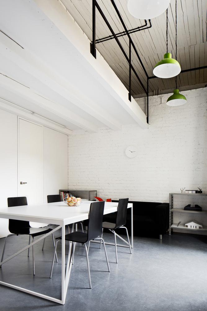 inostudio designed a minimalist office in gliwice 9 INOSTUDIO Designed a Minimalist Office in Gliwice