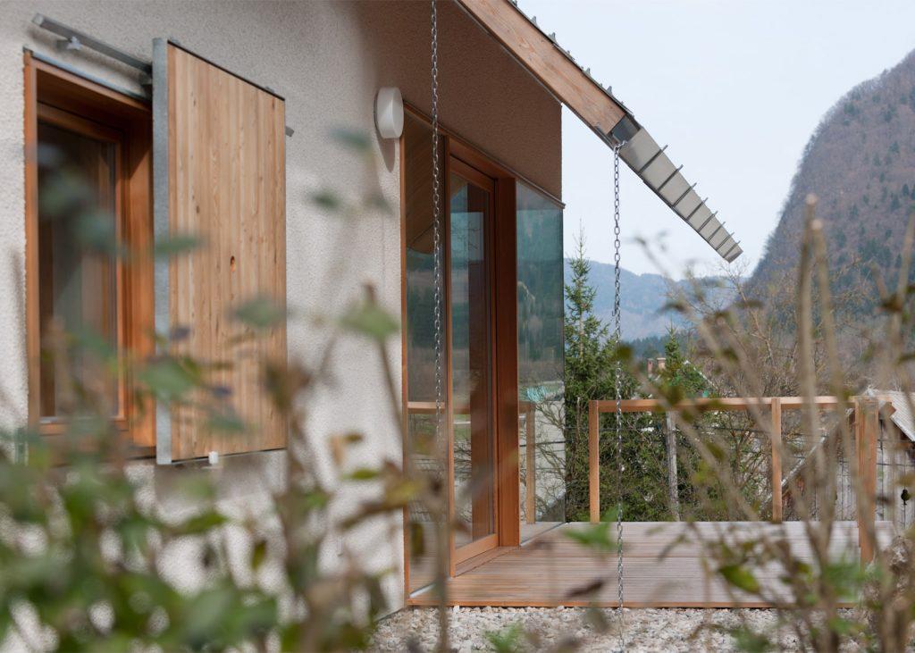 beautiful alpine house in slovenia by skupaj arhitekti 12 1024x731 Beautiful Alpine House in Slovenia by Skupaj Arhitekti