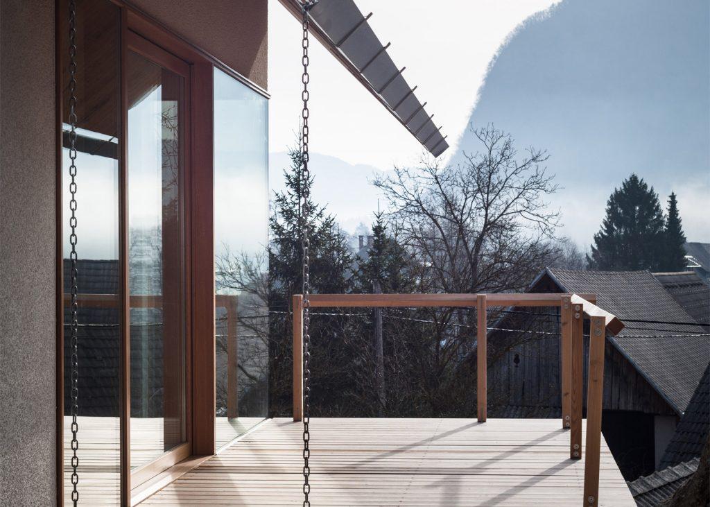 beautiful alpine house in slovenia by skupaj arhitekti 14 1024x731 Beautiful Alpine House in Slovenia by Skupaj Arhitekti