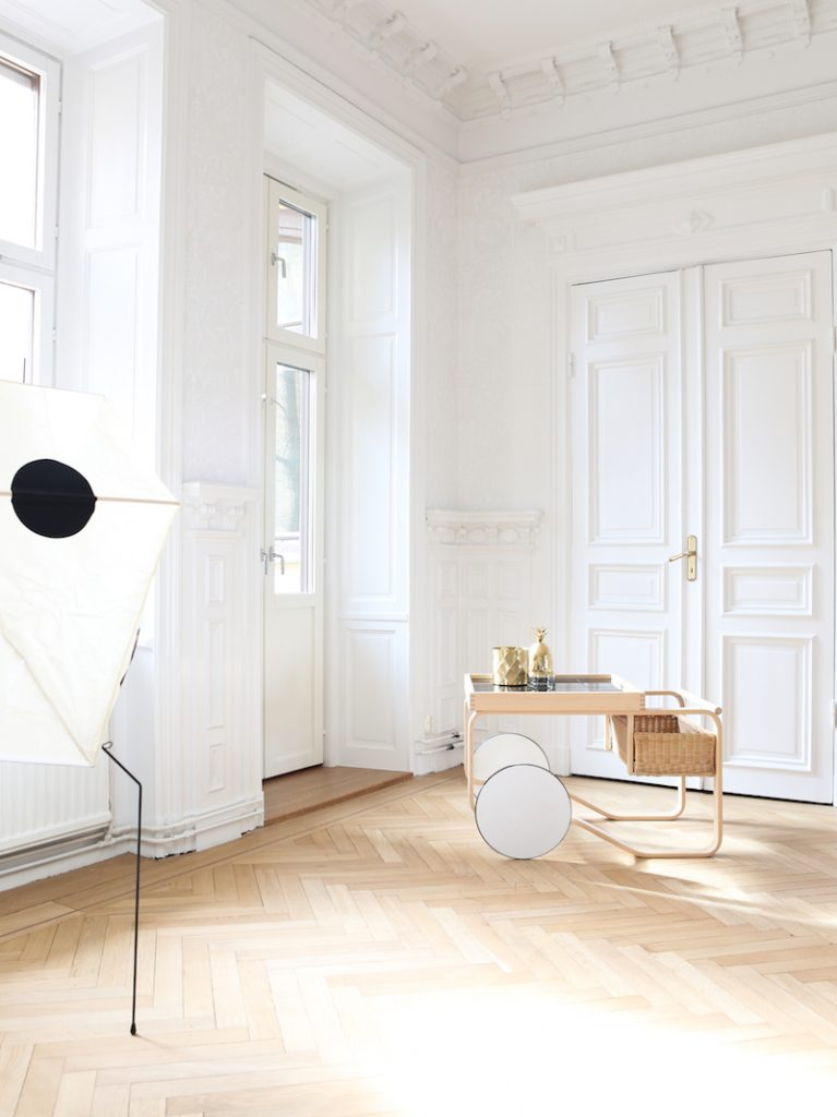 white with luxurious colours4 767x1024 Planning To Buy A Luxury House? Heres What To Consider
