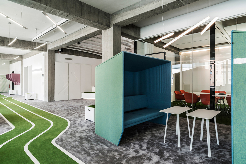 feel like for a game  onefootballs office by tkez architects 2 Feel like for a game? ONEFOOTBALLS office by TKEZ ARCHITECTS