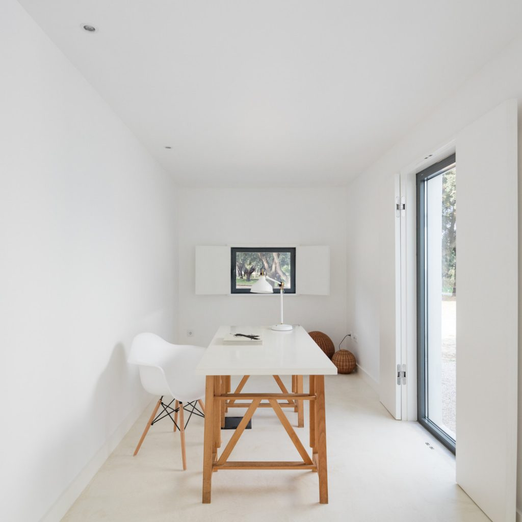 a minimal house in portugal surrounded by vines 10 1024x1024 a Minimal House in Portugal Surrounded by Vines