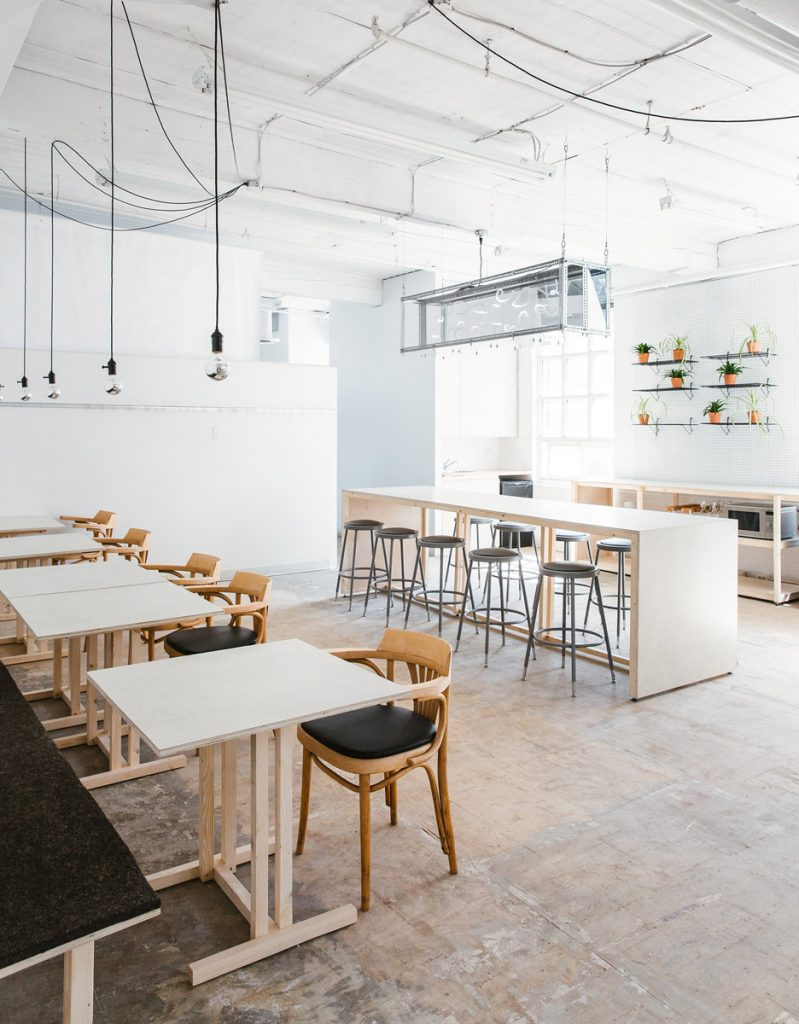 an old factory in toronto was transformed into a modern workspace 4 799x1024 an Old Factory in Toronto was Transformed into a Modern Workspace