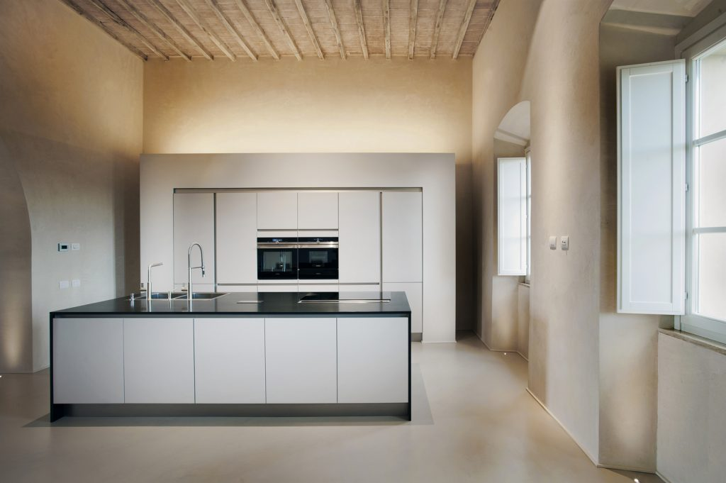 15th century italian villa renovation by cmt architects 9 1024x681 15th Century Italian Villa Renovation by CMT Architects