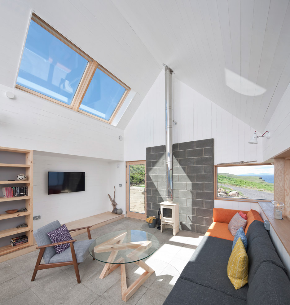 the tinhouse is a holiday home on the scottish island 10 The Tinhouse is a Holiday Home on the Scottish Island