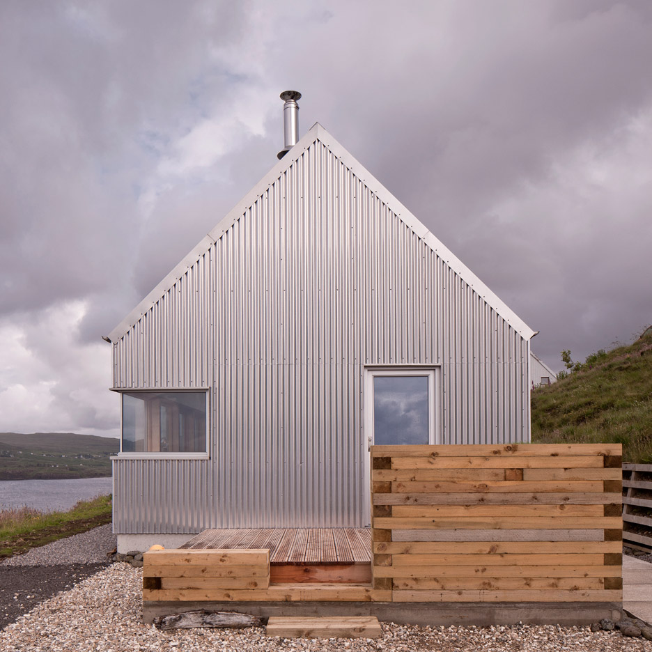 the tinhouse is a holiday home on the scottish island 8 Exterior Wall Cladding Ideas for Your Home