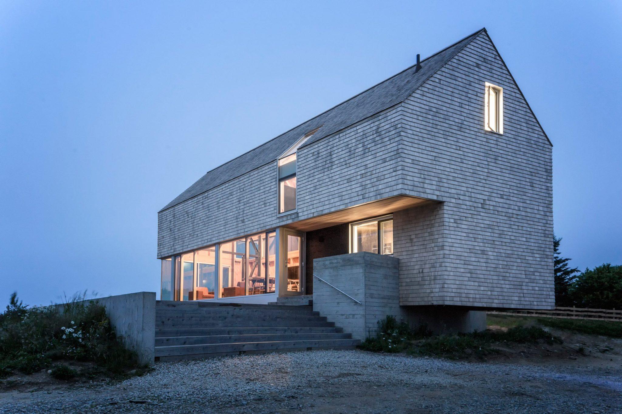 dreamy coastal house by studio mackay lyons sweetapple 2 Dreamy Coastal House by Studio MacKay Lyons Sweetapple