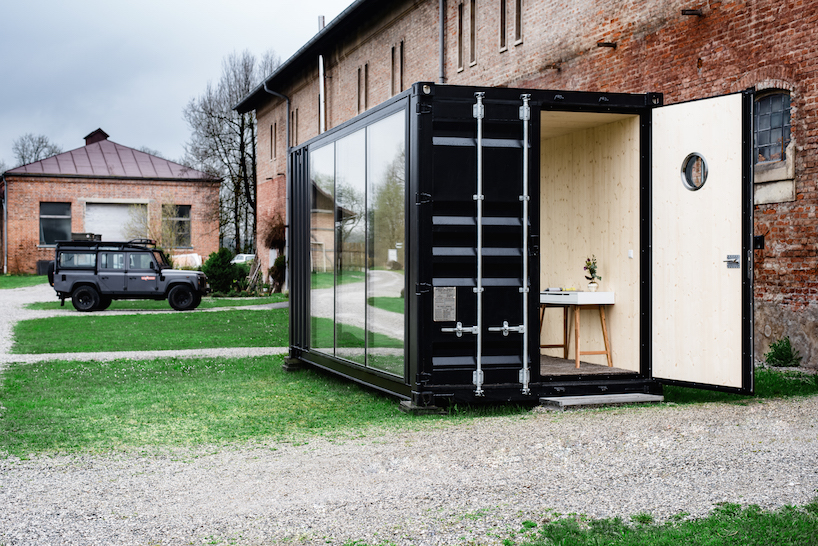 hiloft a fully transportable shipping container room 3 TOP 10 Shipping Container Houses