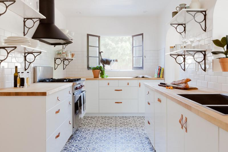 bright kitchen Dream kitchens   a collection of 35 most beautiful kitchens