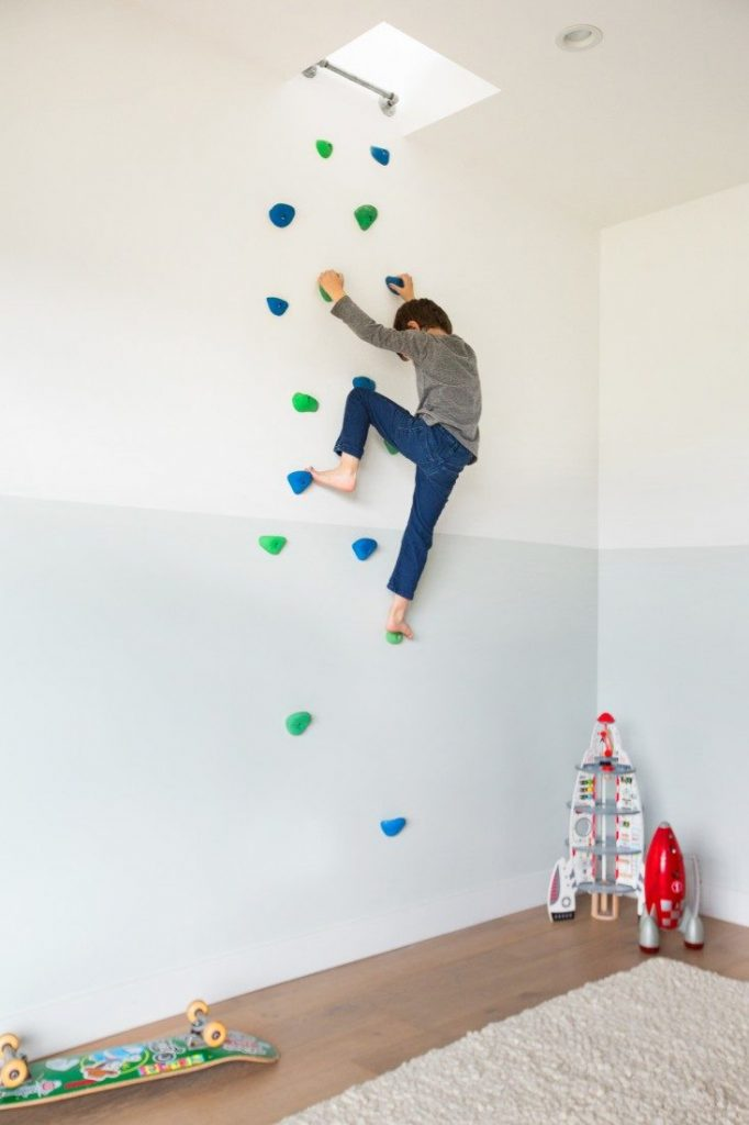 climbing wall that leads to the living area 682x1024 22 Awesome Rock Climbing Wall Ideas For Your Home