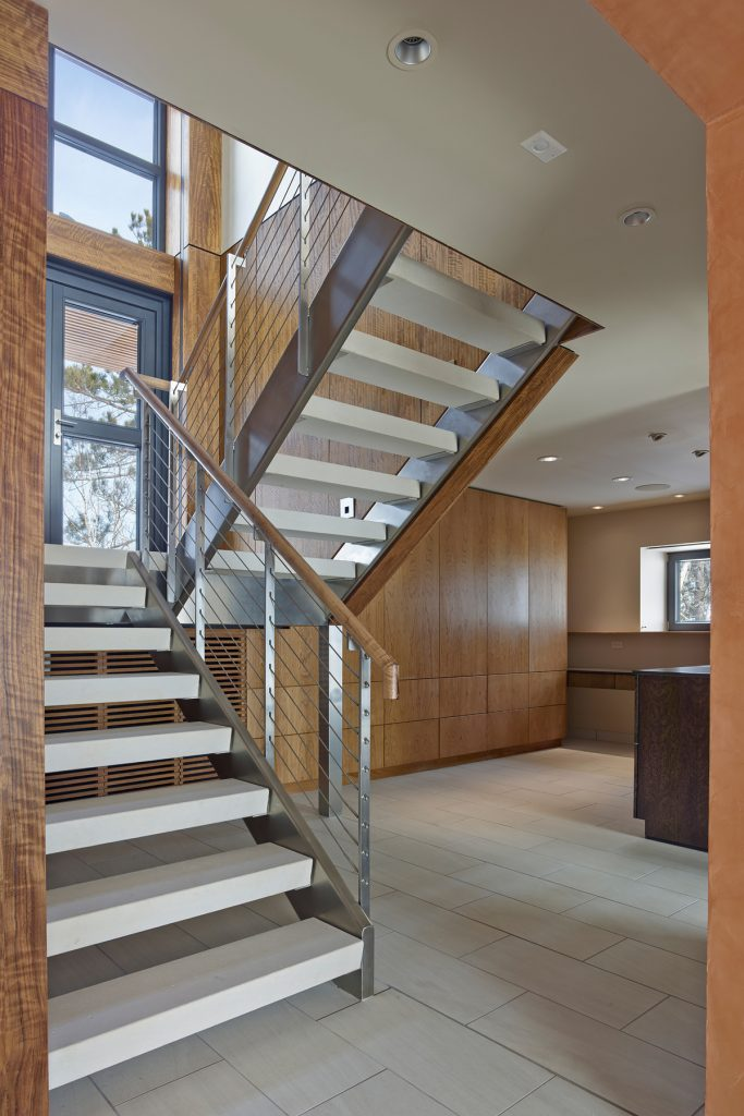 25607 interior stair bruce damonte 683x1024 Pays den Haut By Carly Coulson