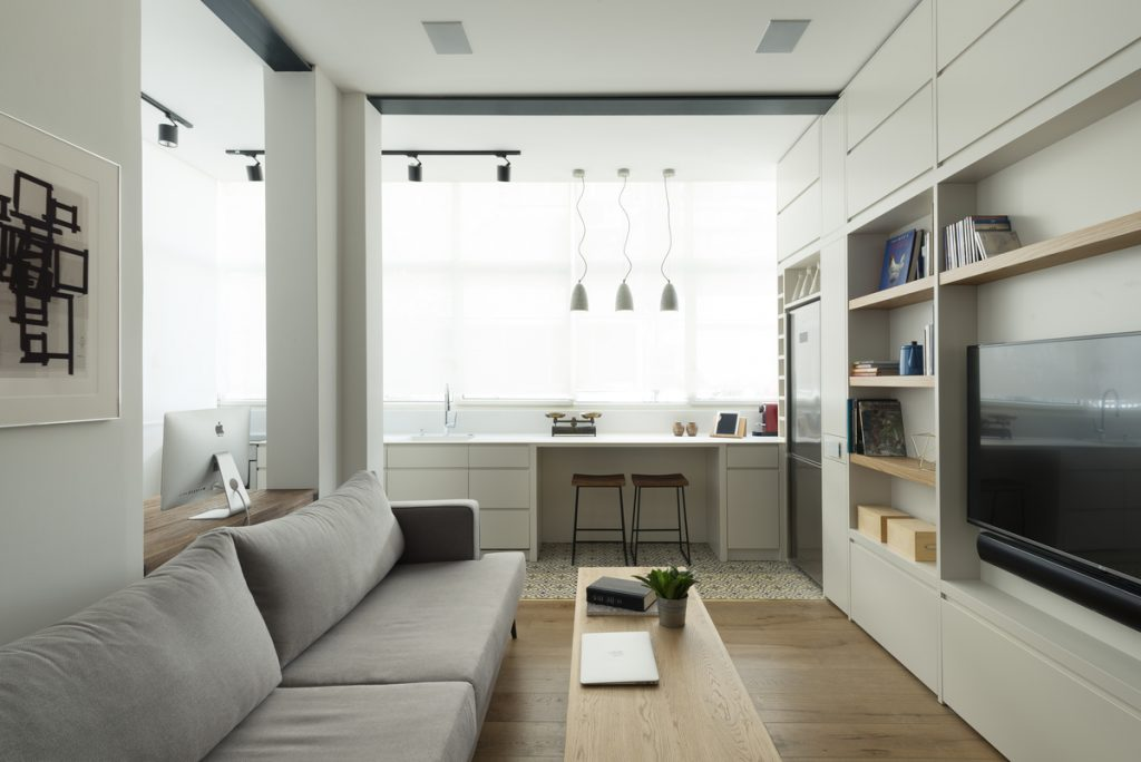 17033 living room  1024x684 59m² Apartment in Central Tel Aviv by XS Studio