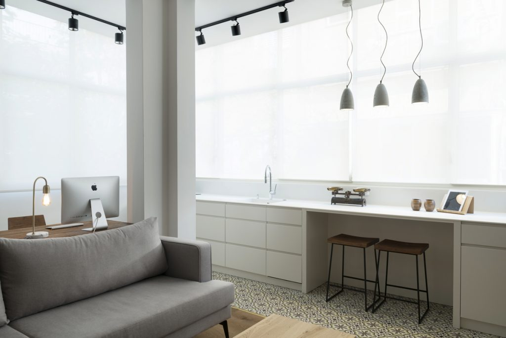 17034 kitchen and wor 1024x684 59m² Apartment in Central Tel Aviv by XS Studio